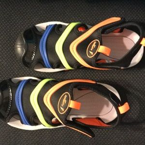 Boys multi-colored sandals size 3